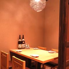 網焼き地鶏と地酒 全席個室 あみ鶏の雰囲気1