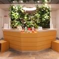 「ホテル ソビアル」開放感のある 1F フロント