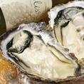 宮城の新鮮な牡蠣。素材の味で間違いなしの一品です!白ワインとの相性もバツグン!