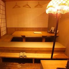 畳式掘りごたつはゆったりくつろげる♪デートの際は2名様席にもなります!!
