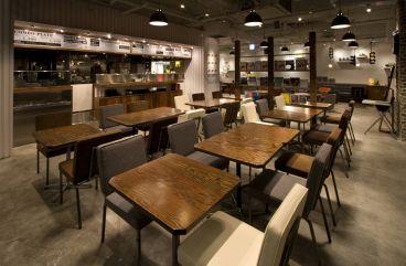ワイアードカフェ WIRED CAFE アトレ川崎店の雰囲気1