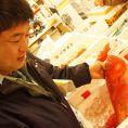 豊洲で毎朝その日の鮮魚を徹底的に選別