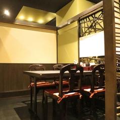 会社宴会の大人数の個室も完備しております。