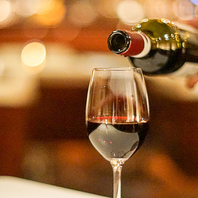 こだわりの厳選ワイン・シャンパンでお洒落にパーティー