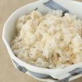 新潟県魚沼産のコシヒカリを使用した麦飯は、牛タンはもちろん、とろっとろの長いもとろろとの相性はもうばっつぐん!!!栄養も抜群です♪ついついおかわりしちゃう人続出の、目立たないながら外せない一品。とろろご飯は〆にも◎