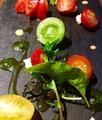 料理メニュー写真5種の彩トマトのカプレーゼ