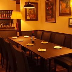 テーブルを2つ連結させれば8名席としてもご利用頂けます。