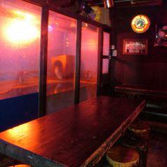 水槽前のテーブルは特等席★