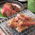 料理メニュー写真牛リブロースのカットステーキ七輪炙り