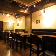 ワイン&キッチン HACHI ハチ 元城町の雰囲気3