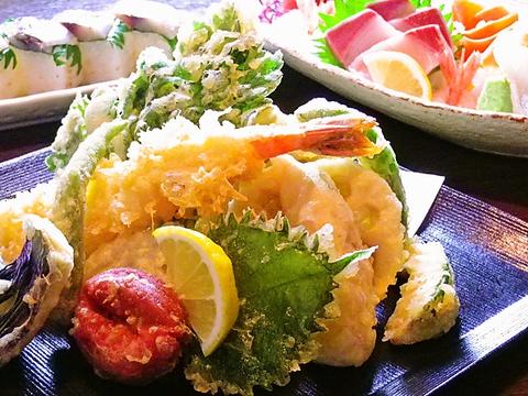 美味しい料理と家庭的な雰囲気、家族連れ、友人同士の楽しい時間をどうぞ。