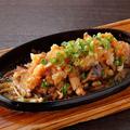 料理メニュー写真【地鶏:ひょうご味どり】もも肉のステーキ鉄板おろしポン酢