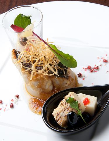 地産の旬の素材にこだわり、味わい深く、趣き豊かな日本料理を気取らずリーズナブルに