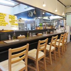 カウンターのお席がございますので、おひとりお客様もお気軽にご利用いただけます。お仕事終わりの一杯やお食事にぜひ★日本酒・焼酎・ワイン各種ご用意がございます。