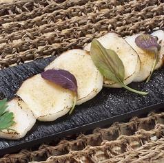 こんがり焼いたネバリスターステーキ/ネバリスターと大葉の春巻き