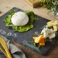 料理メニュー写真ブラータチーズの3種盛り合わせ