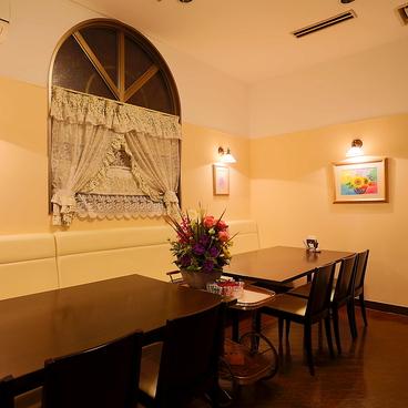 レストラン ティアラ Tiaraの雰囲気1