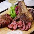 当店のお料理は炭焼き!お肉もお野菜もジューシー!ワインの種類も豊富にご用意しておりますので、お料理に合わせてお楽しみ頂けます◎