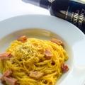 料理メニュー写真厚切りベーコンのカルボナーラ