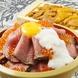 """肉×いくら×玉子の""""超""""肉寿司♪+500円(税抜)でうに盛り"""