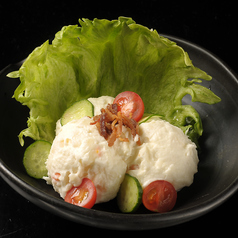 料理メニュー写真ポテトサラダ/シーザーサラダ