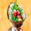 料理メニュー写真馬肉手巻き寿司