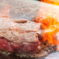 <くいだおれコース>『極厚のサーロインステーキ』調理模様-2☆いよいよ鉄板に!