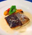 料理メニュー写真季節のお魚のポアレ