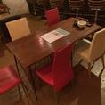 テーブル席です。ママ会にもおすすめ!