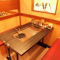 テーブル席は、広々!
