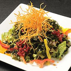 海草チョレギサラダ(コリアンドレッシング)/大根とジャコのサラダ(こがし醤油ドレッシング) 各