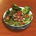 料理メニュー写真アンチョビソースのおつまみサラダ