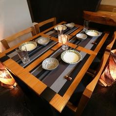 写真は4名様テーブル席★オシャレな空間でお食事をお楽しみ頂けます。