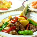 料理メニュー写真牛フィレ肉とパイナップル生姜の広東甘酥炒め