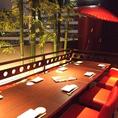 京を感じる店内空間。飲みなれた日本酒もまた違った味わいで楽しめます。店内は全席個室で日本酒の旨みををじっくりと味わうことができます。その香りに浸りながら、京味感じる当店の和食もご一緒にどうぞ。味噌田楽や湯葉、京都地酒のあら煮など、他の居酒屋にはないお料理も京町しずくならではです。
