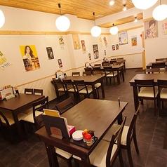 【テーブル席】4名様テーブル席が多数!ご友人との集まり、地元の仲間との飲み会、少人数の宴会におすすめです♪