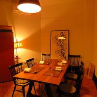 接待や大切な方とのお食事には個室で。