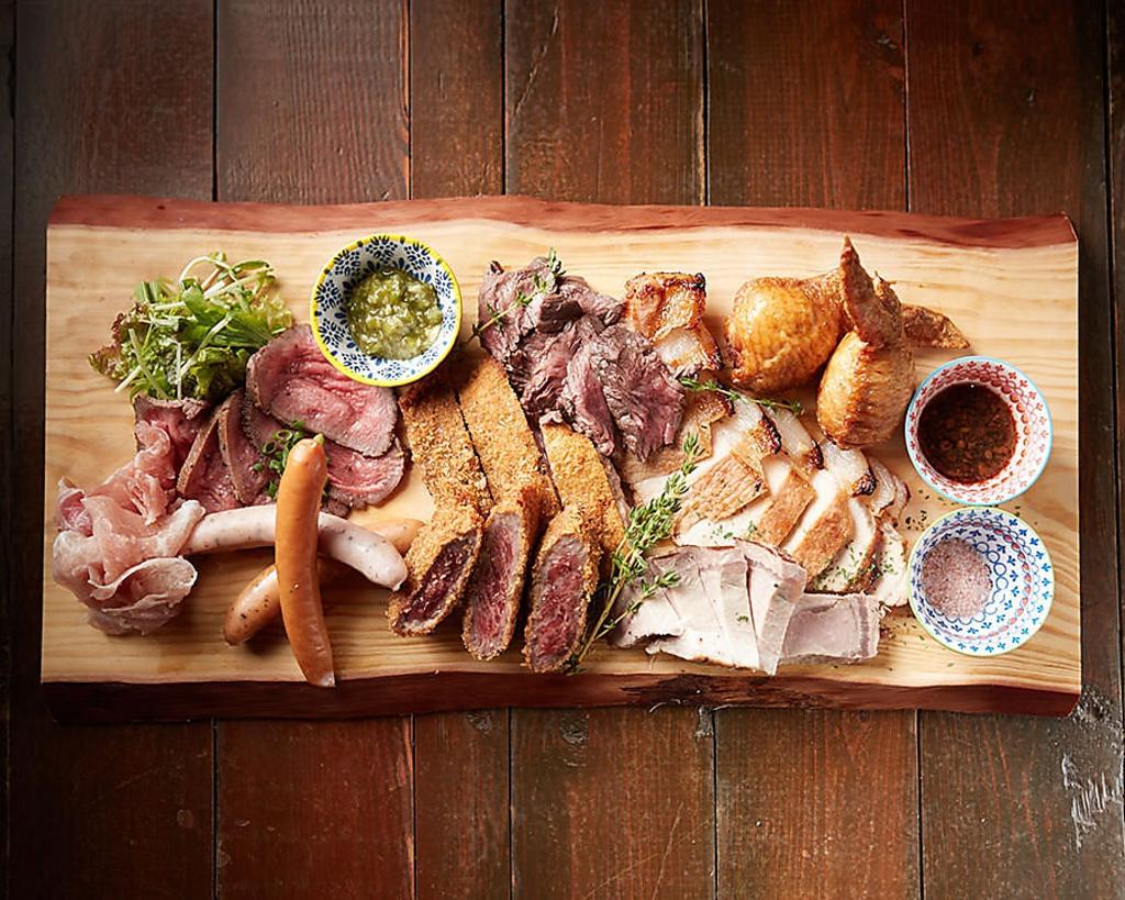 バルコラボ肉バル沖国大前店|店舗イメージ8