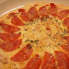 料理メニュー写真ぺパロ二ガーリックピザ