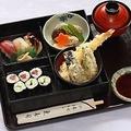 料理メニュー写真すし弁当(天丼)