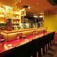 【カウンター】カウンターならではの臨場感を味わいながらのお食事が楽しめます。おひとり様やデートにも是非ご利用ください。一杯呑みながら、お手軽に日本料理を楽しみたい方におすすめ♪