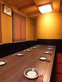 4名席をつなげて8名テーブルにも。会社宴会にも◎