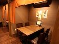 4階は禁煙席の個室となっております。ゆっくりお料理とお話を楽しむのにぴったりのお部屋です。