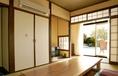 グループや家族でも楽しめる和室。
