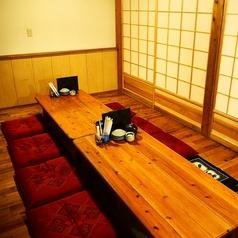 お座敷の掘りごたつ席の広間は、4名様~ご用意。最大24名様までご利用可能となっております。