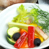 【季節野菜の】自家製ピクルス500円