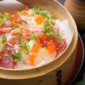 料理メニュー写真贅沢海鮮蒸し寿司