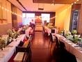 【立食】広々とした仕切りのない空間で、一体感のあるパーティを。結婚式2次会の会場としてもご利用頂けます。
