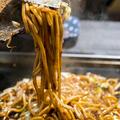 料理メニュー写真太麺ソース焼きそば