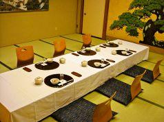 余裕のある広さで少人数の宴席ができます。宇を徳での宴会は全て個室になっております。